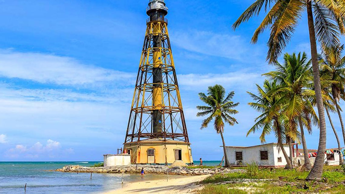 Lighthouse in Cayo Jutias