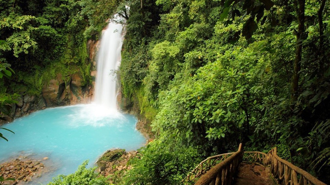 Cuba and Costa Rica: The perfect combination of culture and nature