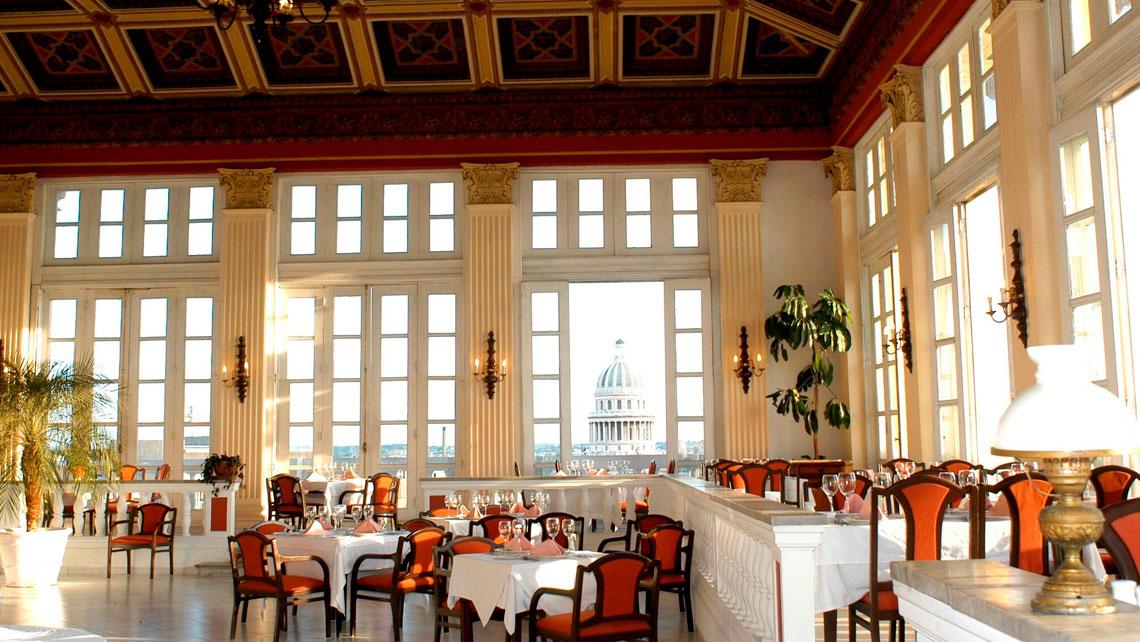 Restaurant in Hotel Sevilla
