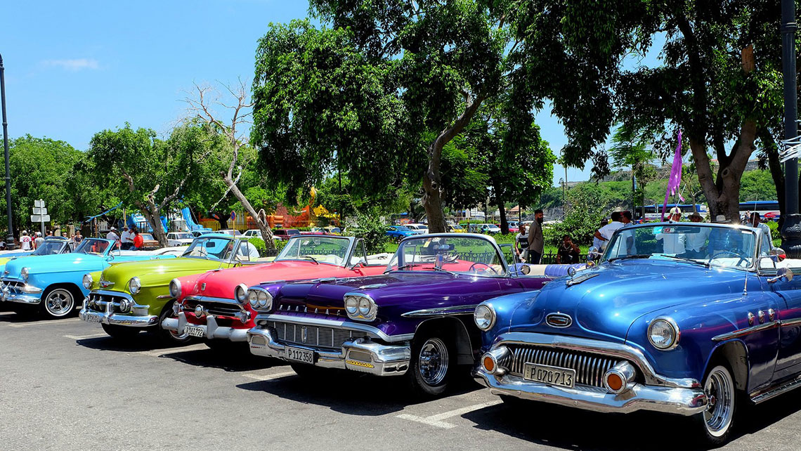 Colourful classic cars in Havana