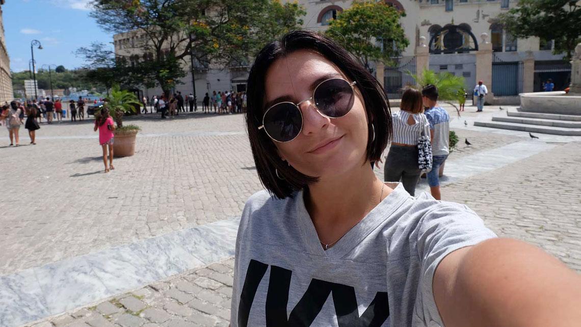 A selfie of a girl in Old Havana