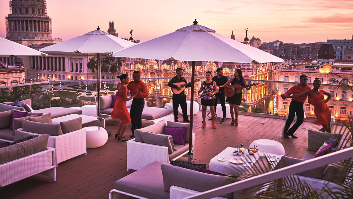 El Surtidor a luxurious bar perched on the the roof of the incredible Gran Manzana Kempinski