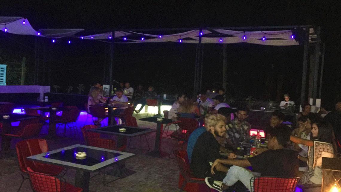 Bar Encuentro at night