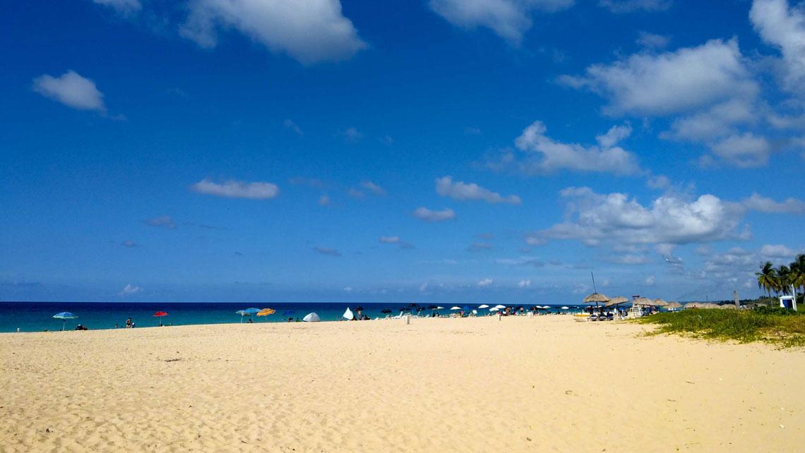 Golden sands in Megano Beach