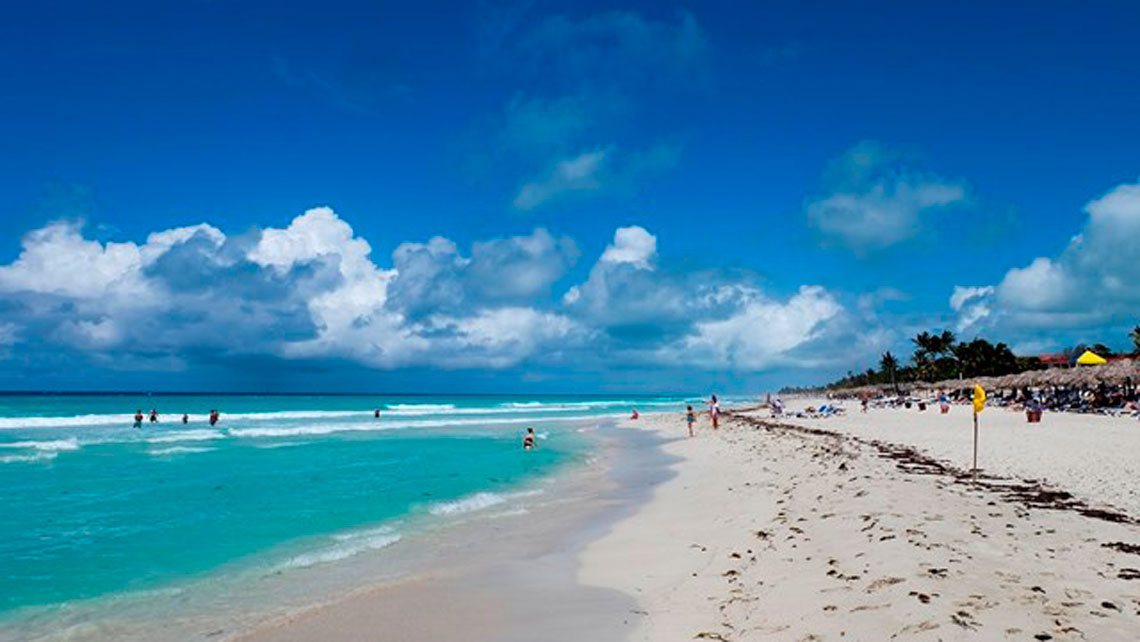 Turquoise waters and powdery sands in Varadero beach