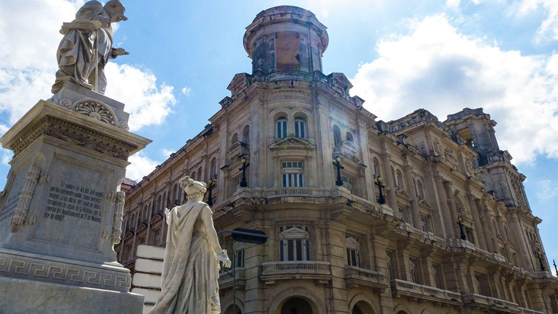 Universal Arts Building of Havana's Museum of Fine Arts