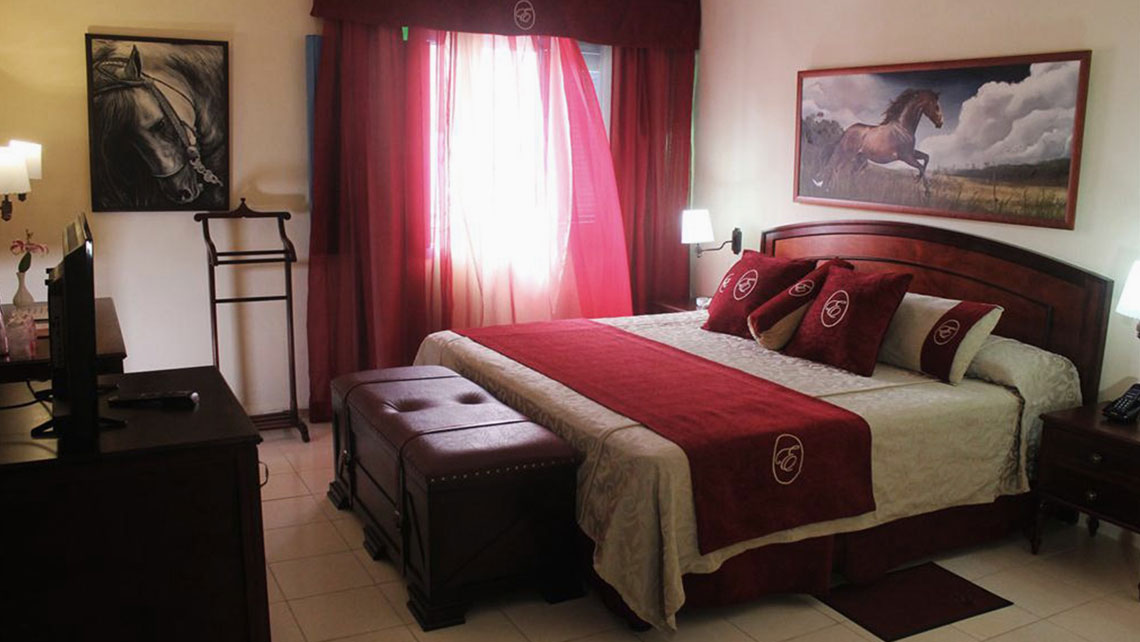 Standard room in Hotel Caballeriza, Holguin