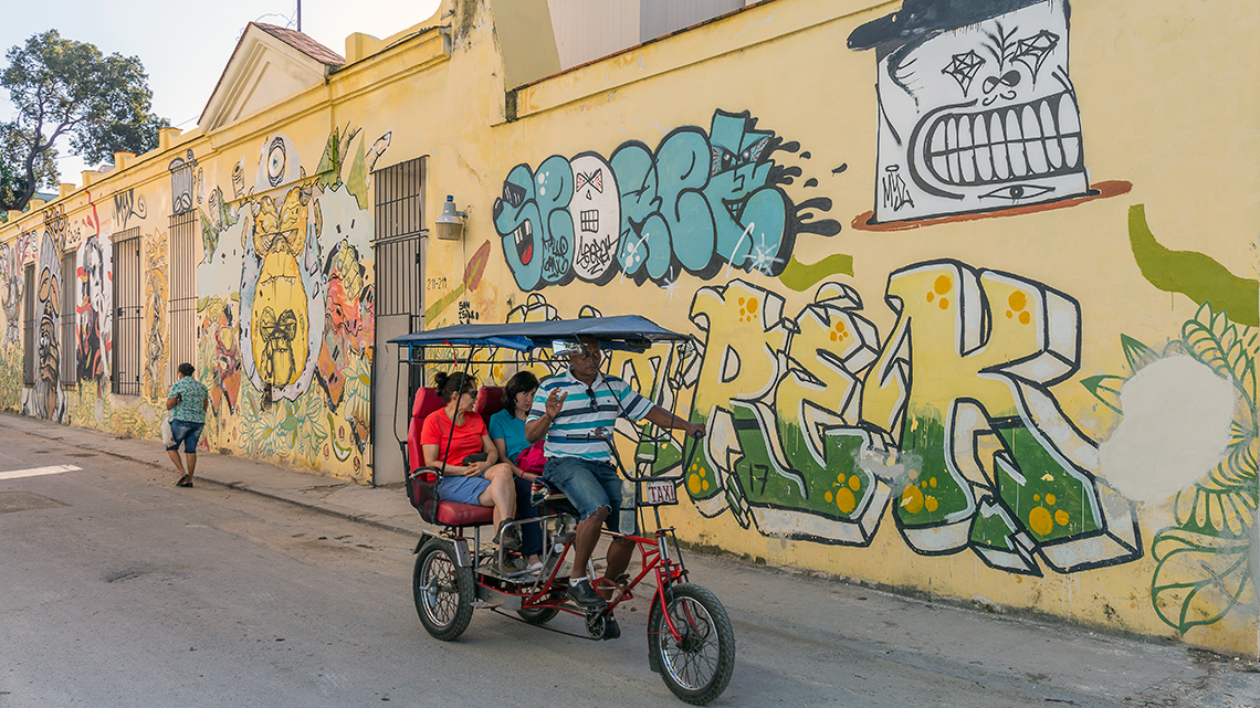 TimeOut names San Isidro street in Havana as one of the 30 coolest streets in the world